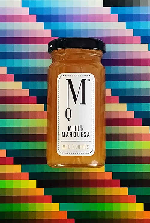 Prueba de color con bote de Miel de la Marquesa